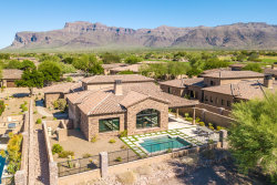 Photo of 3061 S Prospector Circle, Gold Canyon, AZ 85118 (MLS # 5786964)