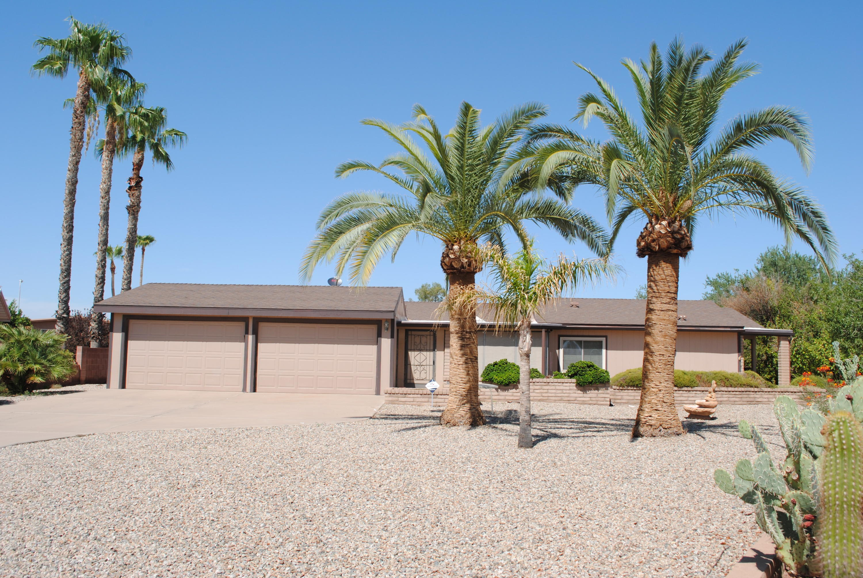 Photo for 26419 S Navajo Place, Sun Lakes, AZ 85248 (MLS # 5814751)