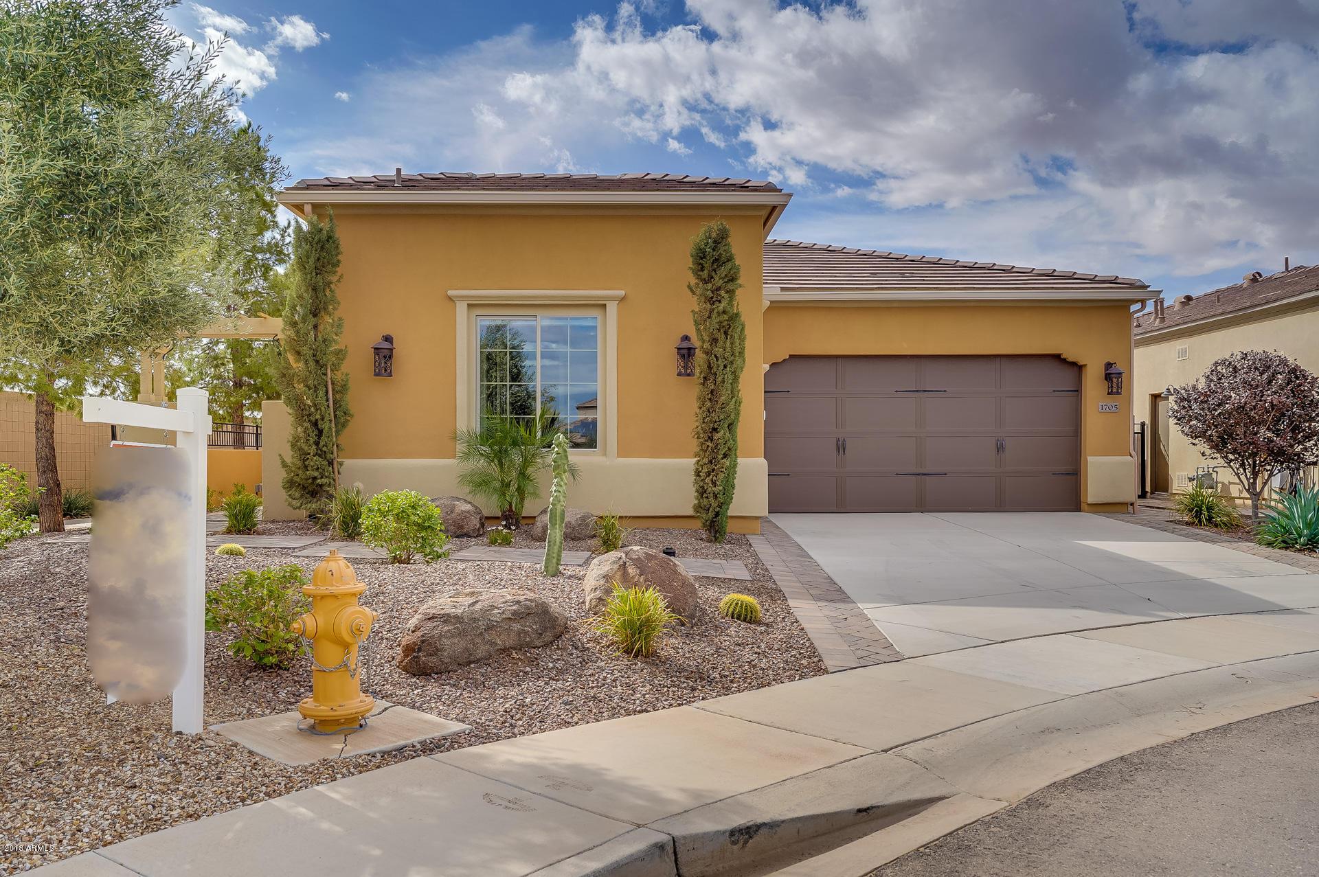Photo for 1705 E Copper Hollow, San Tan Valley, AZ 85140 (MLS # 5832289)