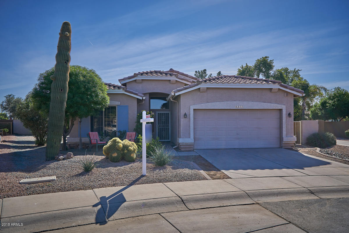 Photo for 4377 E Walnut Road, Gilbert, AZ 85298 (MLS # 5850887)
