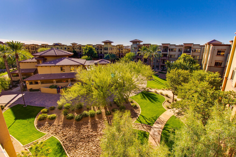Photo for 5350 E Deer Valley Drive, Unit 4265, Phoenix, AZ 85054 (MLS # 5857420)