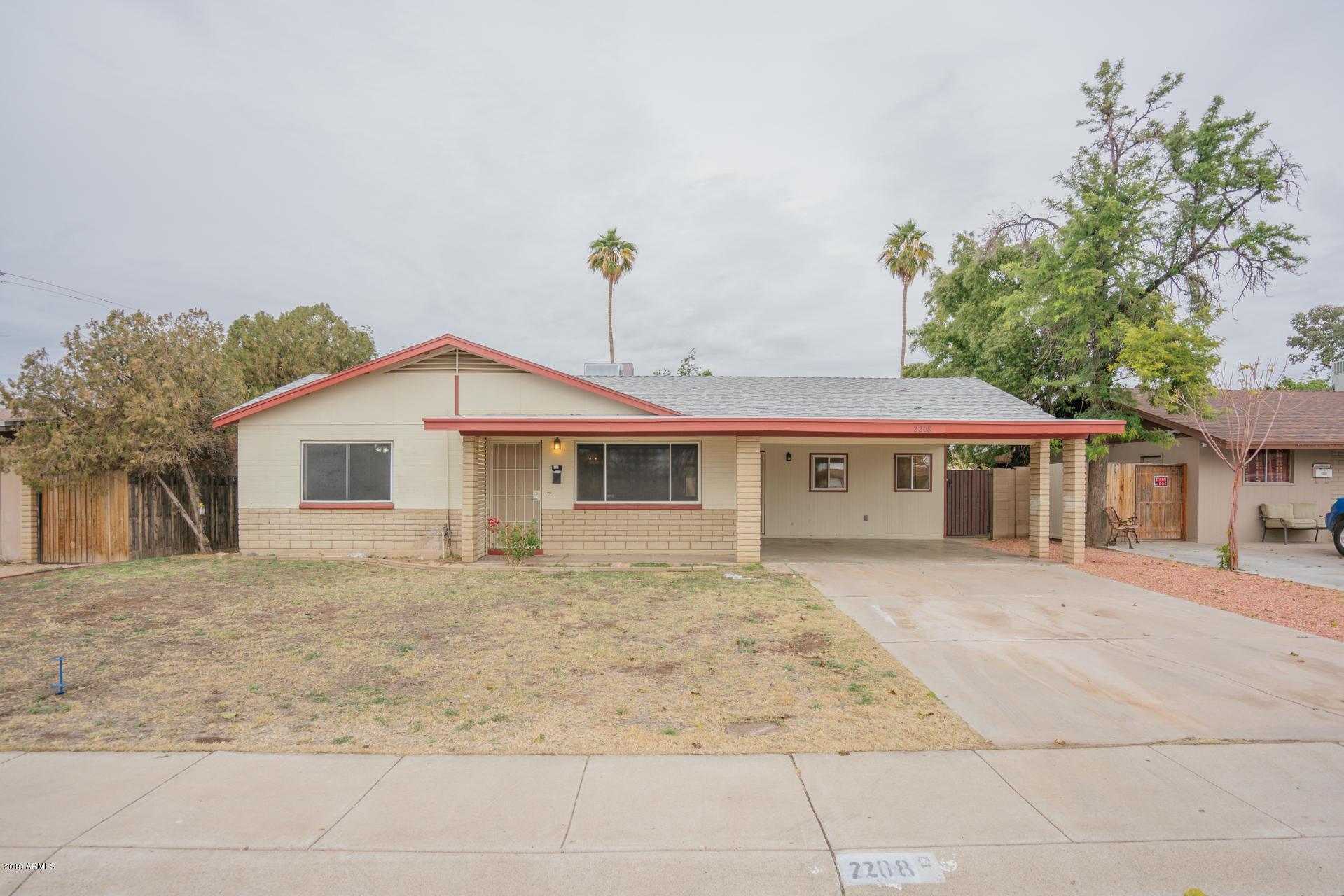 Photo for 2208 W Aster Drive, Phoenix, AZ 85029 (MLS # 5868985)