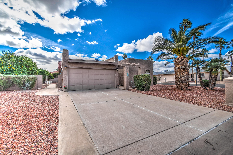Photo for 9609 E Cedarwood Drive, Sun Lakes, AZ 85248 (MLS # 5880587)