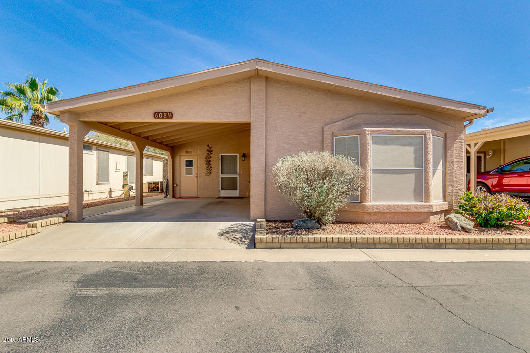 Photo for 6089 S Oakmont Drive, Chandler, AZ 85249 (MLS # 5893082)