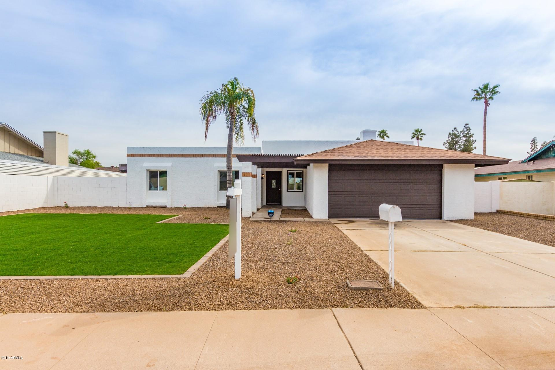 Photo for 4027 W Rue De Lamour Avenue, Phoenix, AZ 85029 (MLS # 5893310)