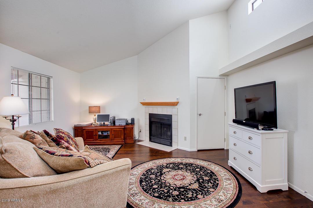 Photo for 2020 W Union Hills Drive, Unit 238, Phoenix, AZ 85027 (MLS # 5896676)