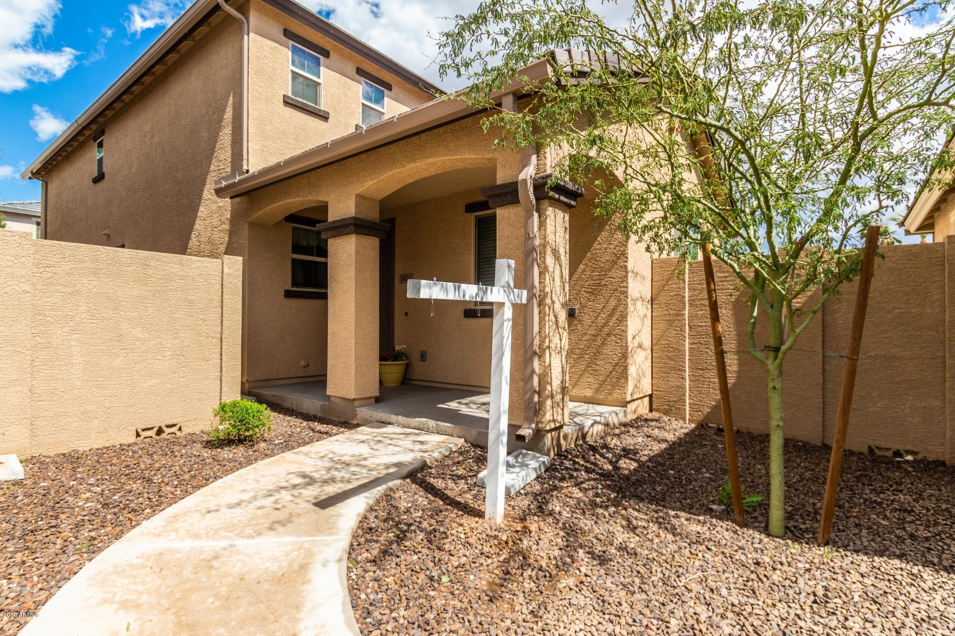 Photo for 2473 N 73rd Drive, Phoenix, AZ 85035 (MLS # 5896687)