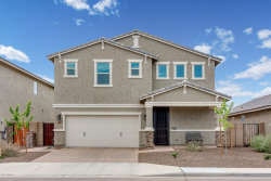 Photo of 203 E Vicenza Drive, San Tan Valley, AZ 85140 (MLS # 5900407)