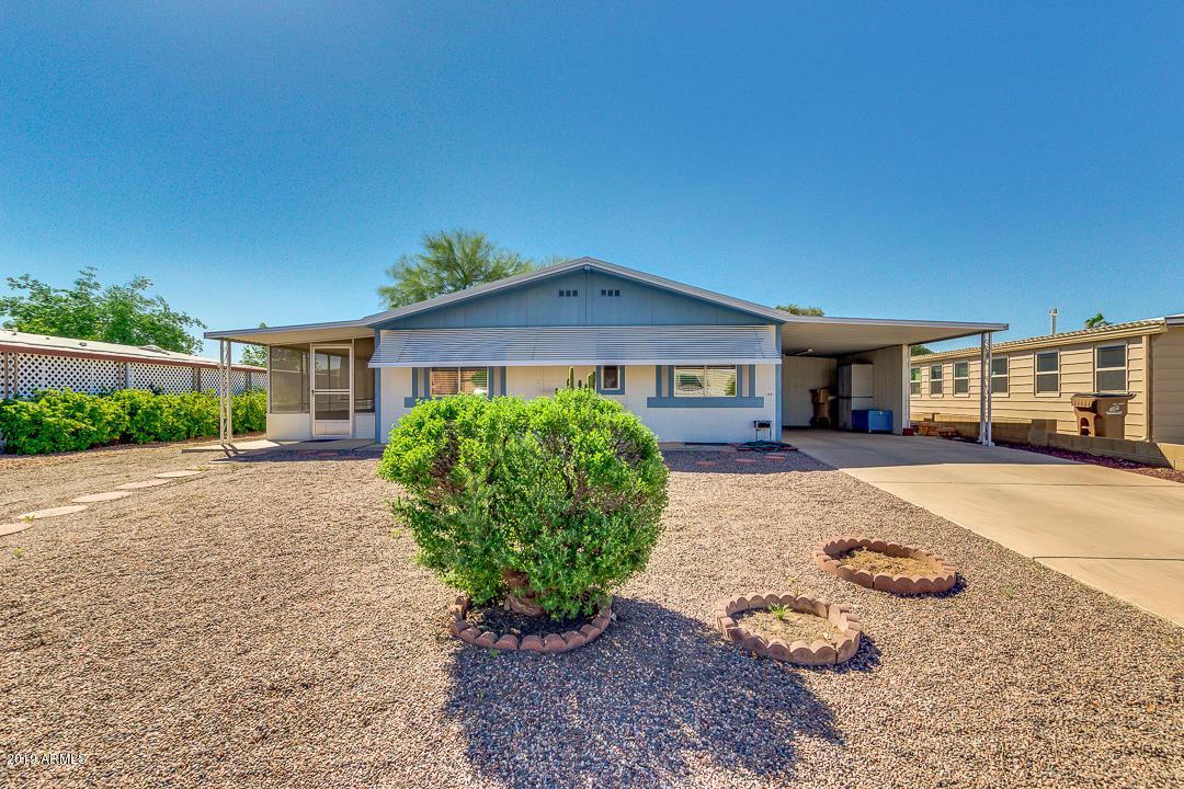 Photo for 9105 E Lakeview Drive, Sun Lakes, AZ 85248 (MLS # 5910363)