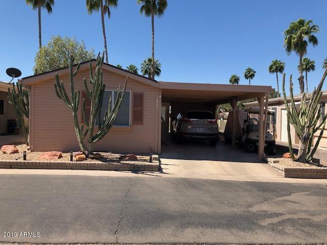 Photo for 1959 E Torrey Pines Lane, Chandler, AZ 85249 (MLS # 5917335)