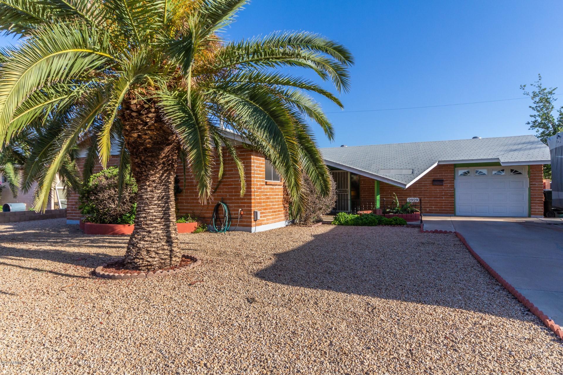Photo for 2929 W Port Royale Lane, Phoenix, AZ 85053 (MLS # 5919214)