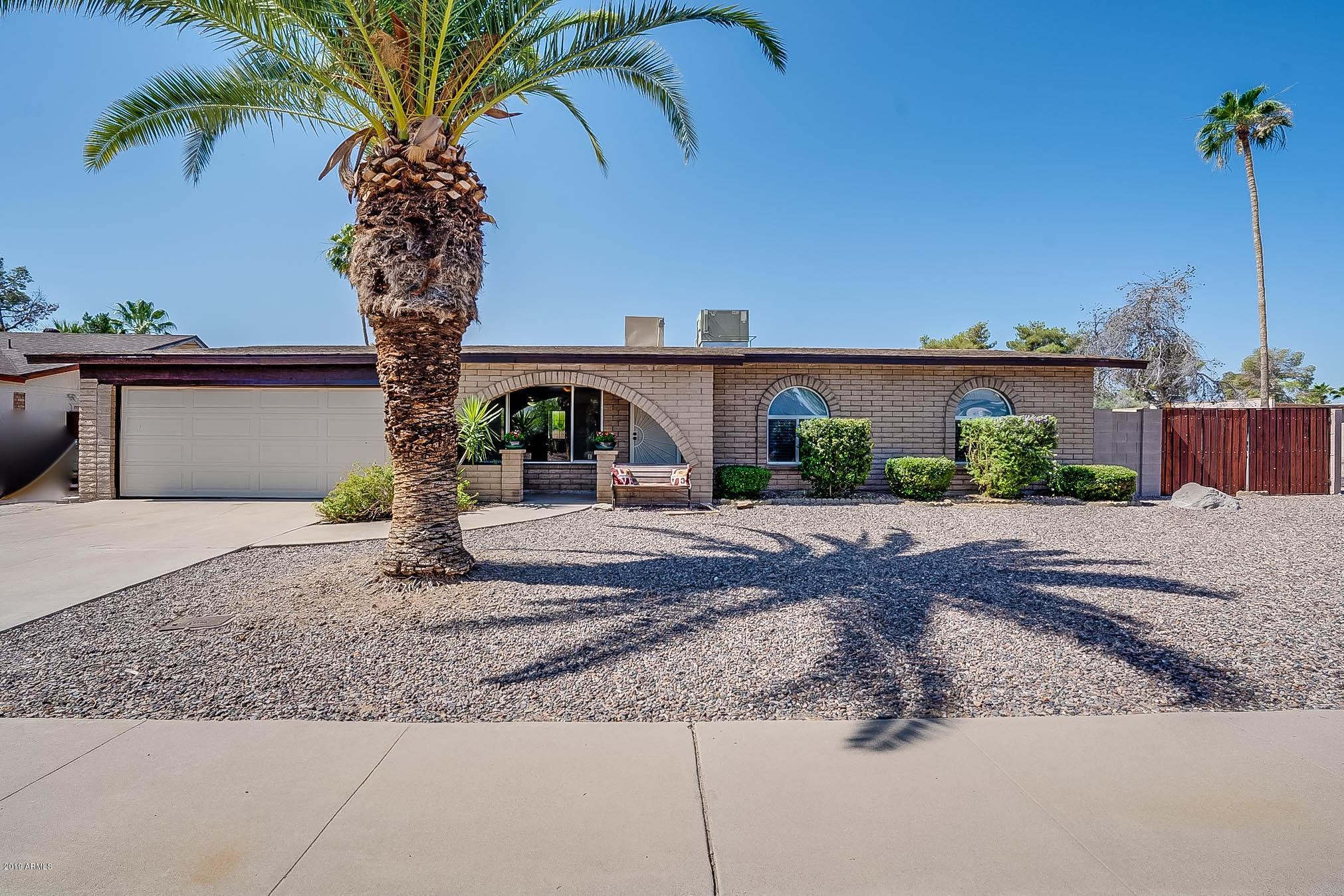 Photo for 2901 E Windrose Drive, Phoenix, AZ 85032 (MLS # 5934806)