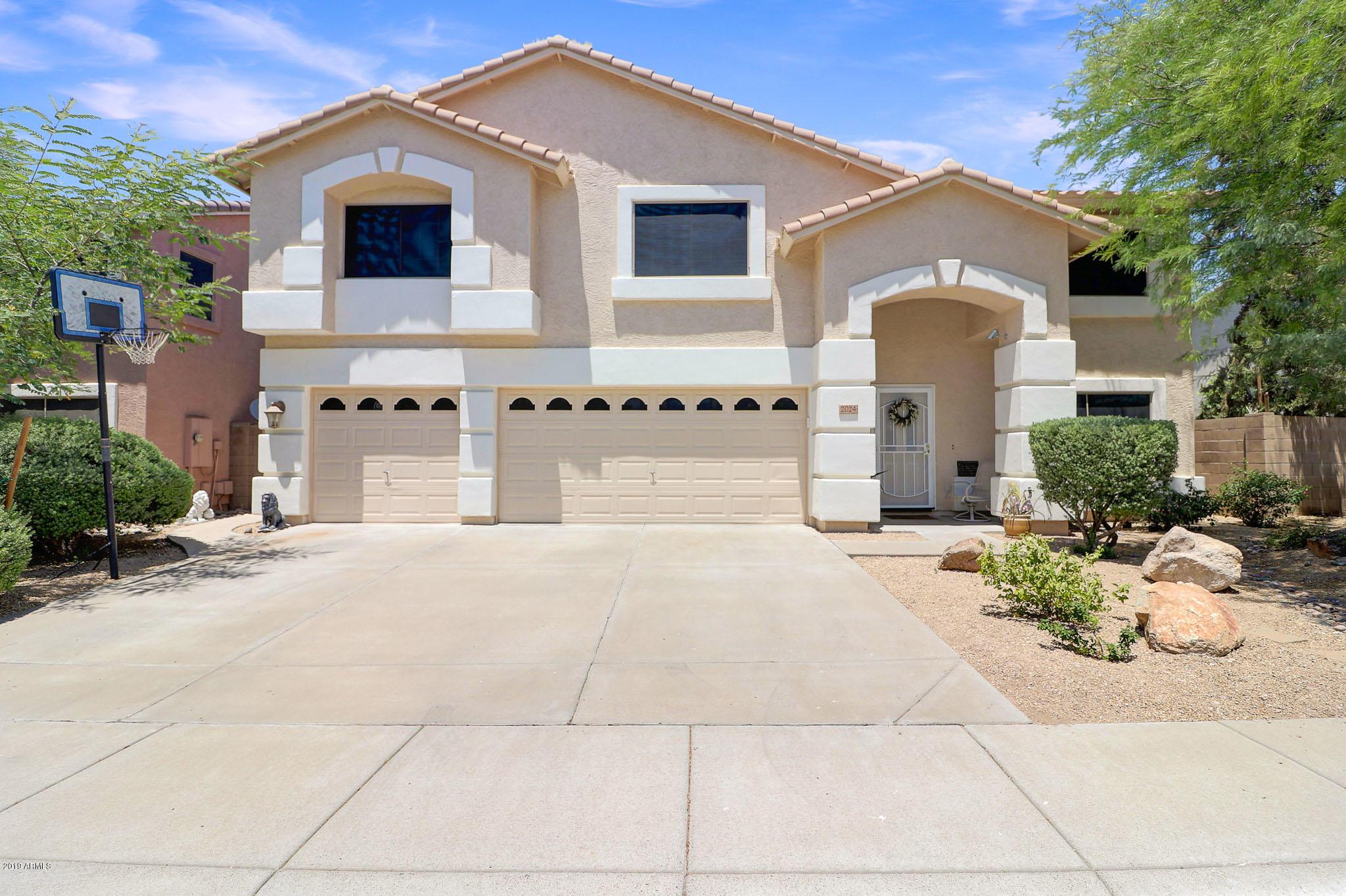 Photo for 2024 E Soft Wind Drive, Phoenix, AZ 85024 (MLS # 5938730)