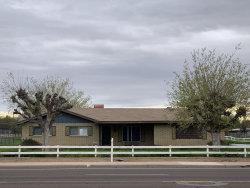 Photo of 37 S Lindsay Road, Gilbert, AZ 85296 (MLS # 6051872)