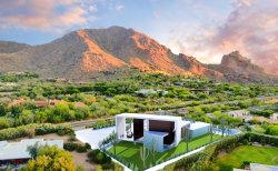 Photo of 5910 E Mcdonald Drive, Paradise Valley, AZ 85253 (MLS # 6151529)