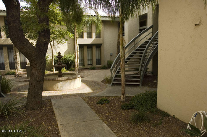 Photo for 5207 N 24th Street, Unit 203, Phoenix, AZ 85016 (MLS # 4585773)