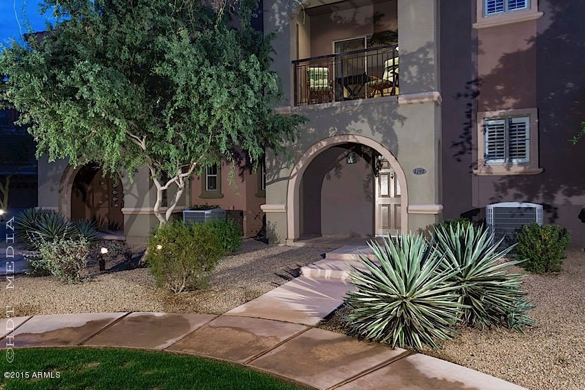 Photo for 3935 E Rough Rider Road, Unit 1198, Phoenix, AZ 85050 (MLS # 5229175)