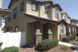 Photo of 1315 S Joshua Tree Lane, Gilbert, AZ 85296 (MLS # 5806341)