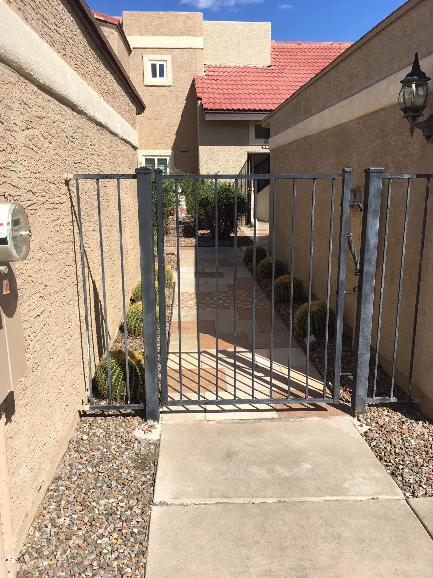 Photo for 408 E Pecan Road, Phoenix, AZ 85040 (MLS # 5893880)