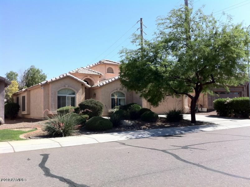 Photo for 4105 E Redwood Lane, Phoenix, AZ 85048 (MLS # 5953537)