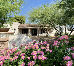 Photo of 6016 E Beryl Avenue, Paradise Valley, AZ 85253 (MLS # 5993654)