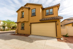 Photo of 962 S Olympic Drive, Gilbert, AZ 85296 (MLS # 6012240)