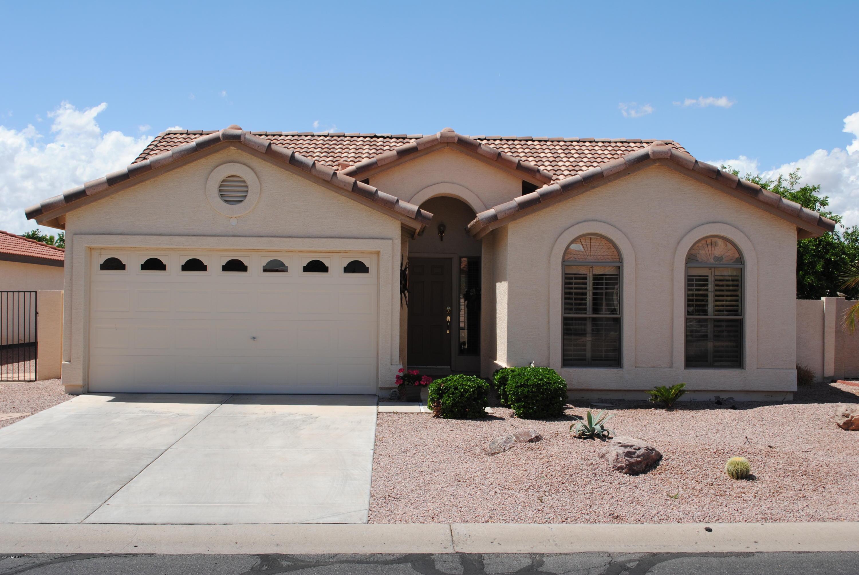 Photo for 26026 S Cloverland Drive, Chandler, AZ 85248 (MLS # 6029417)