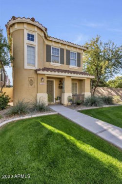 Photo of 1362 S Sabino Drive, Gilbert, AZ 85296 (MLS # 6103115)