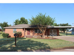 Photo of 611 N Georgia, Mangum, OK 73554 (MLS # 281873)