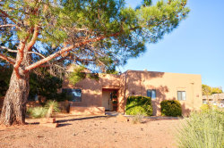 Photo of 15 Mesa Vista Drive, Sedona, AZ 86351 (MLS # 521548)