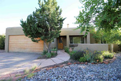 Photo of 2451 Camino Capitan, Santa Fe, NM 87505 (MLS # 201703178)