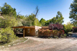 Photo of 4 White Boulder Lane, Tesuque, NM 87506 (MLS # 201704539)