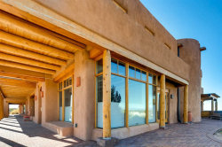 Photo of 13 Via Plaza Nueva, Santa Fe, NM 87507 (MLS # 201705176)