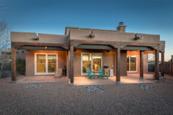Photo of 150 Ave Frijoles, Santa Fe, NM 87507 (MLS # 201800187)