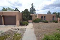 Photo of 2532 Camino Alfredo, Santa Fe, NM 87505 (MLS # 201803911)