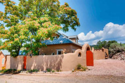 Photo of 40 Canyon Hill Lane, Santa Fe, NM 87501 (MLS # 201804000)