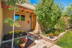 Photo of 2507 Alamosa Place, Santa Fe, NM 87505 (MLS # 201804941)