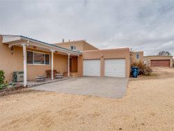 Photo of 193 PIEDRA LOOP, Los Alamos, NM 87547 (MLS # 201805126)