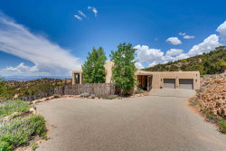 Photo of 66 Double Arrow Rd South, Santa Fe, NM 87505 (MLS # 201902083)