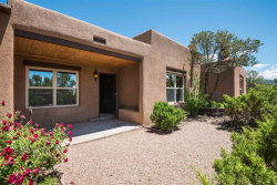 Photo of 372 Calle Colina, Santa Fe, NM 87501 (MLS # 201902579)