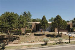 Photo of 613 CALLE DE VALDEZ, Santa Fe, NM 87505 (MLS # 201903277)