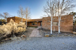 Photo of 152 E LUPITA, Santa Fe, NM 87505 (MLS # 201905381)