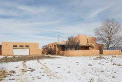 Photo of 7 OCASO, Santa Fe, NM 87508 (MLS # 202000197)
