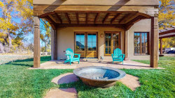 Photo of 23 Rancho Acequias, BOSQUE DE ABIQUIU, Abiquiu, NM 87510 (MLS # 202001004)