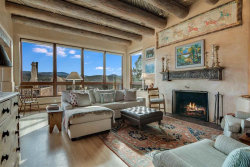 Photo of 197 Circle Drive, Santa Fe, NM 87501 (MLS # 202001857)
