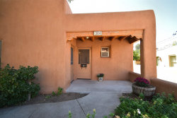 Photo of 304 Catron St, Santa Fe, NM 87501 (MLS # 201904227)