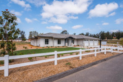 Photo of 946 Hunter Ridge Lane, Nipomo, CA 93444 (MLS # 18001115)