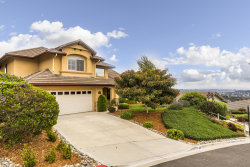 Photo of 226 Salida Del Sol, Arroyo Grande, CA 93420 (MLS # 18002426)