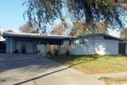 Photo of 609 E Lemon Avenue, Lompoc, CA 93436 (MLS # 19002920)