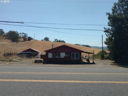 Photo of 122 JONES RD, Roseburg, OR 97471 (MLS # 19240315)